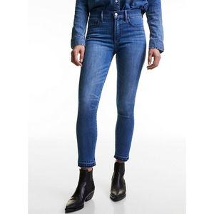 Aritzia Denim Forum The Nico Mid Crop Jeans